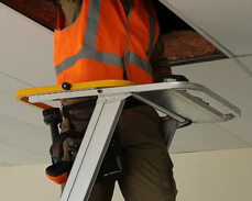 Omni Pro features a combination Safety Gate and Tool Tray creating a functional and safe work station